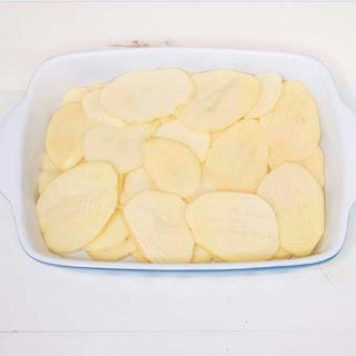 Cheesy Potato Hamburger Casserole