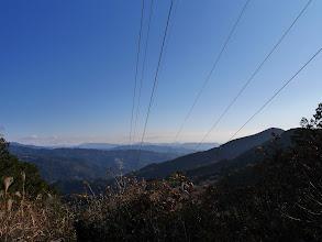 送電線展望台(東側:右に観音山)