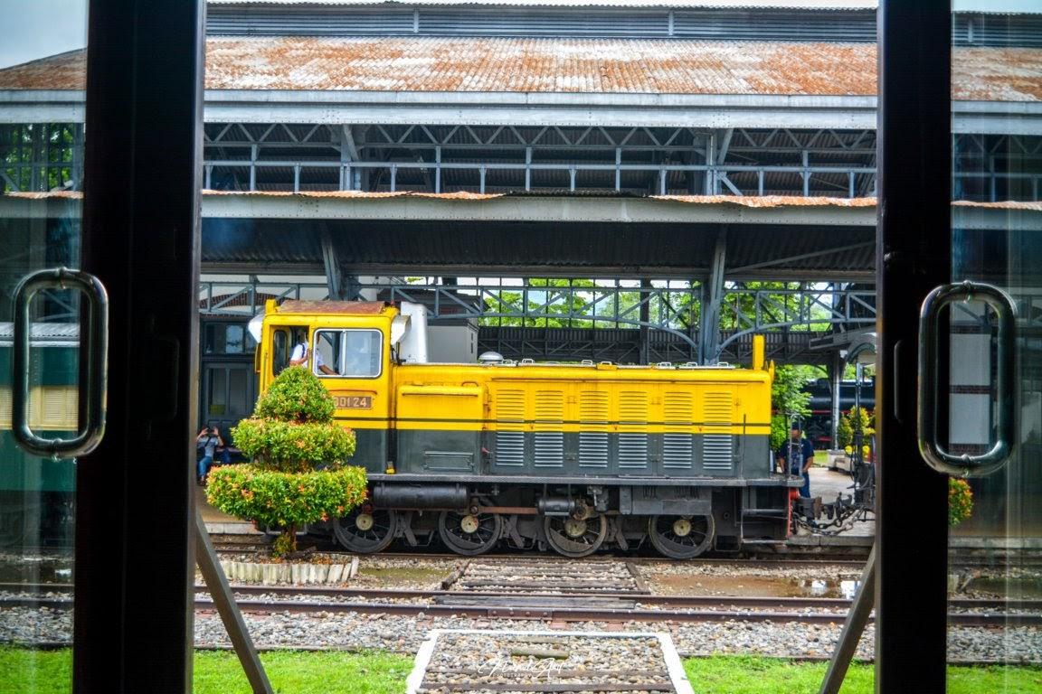 lokomotif kereta api ambarawa