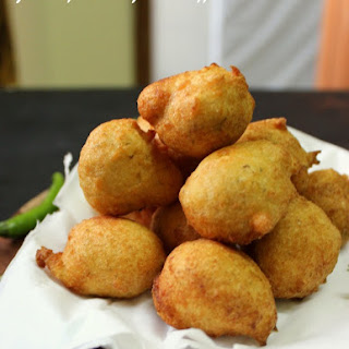 Goli Baje / Mangalore Bajji