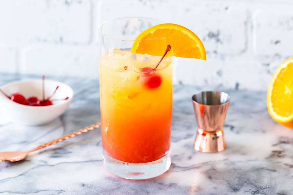 types_of_cocktails_tequila_sunrise_image