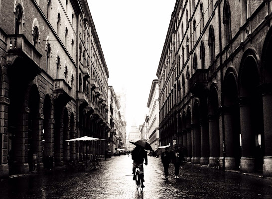 Cycling in the rain di martiniuvara