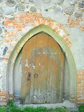 Photo: Kirchentür in der Dorfkirche Kraase bei Möllenhagen