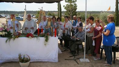 Photo: El cor parroquial de Granyena de les Garrigues, amb l'acompanyament musical d'en Lluís Climent, va omplir de cants la celebració i va tornar a entonar els Goigs a la mare de Déu.