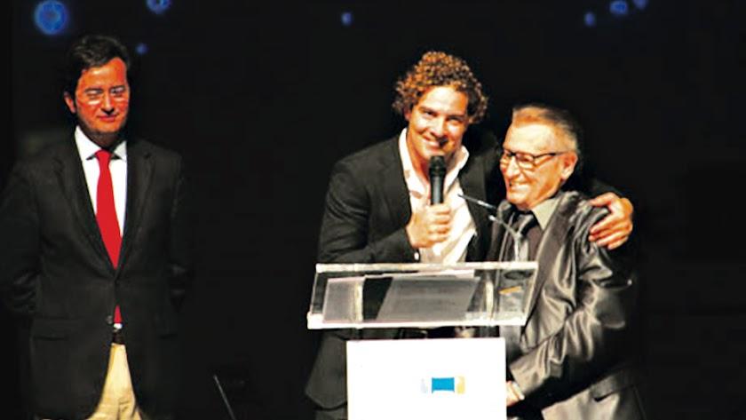Manolo Escobar y David Bisbal.