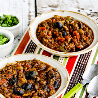 Paleo Pumpkin Chili with Beef, Peppers, and Olives.
