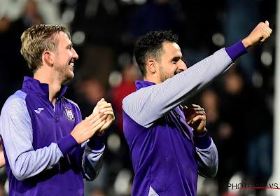 """Chadli begreep niet waarom goal werd afgekeurd (net als de rest van België): """"De ref zei me dat het duidelijk hands was"""""""