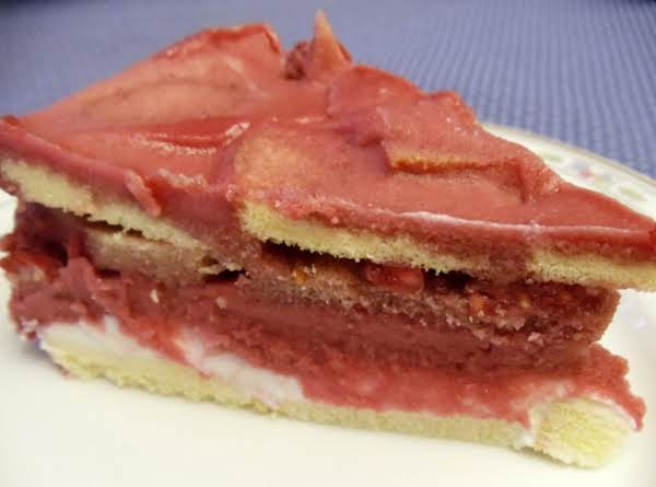Frozen Raspberry Layer Cake Recipe