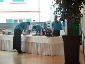 Photo: Servicevorbereitung  im Saal