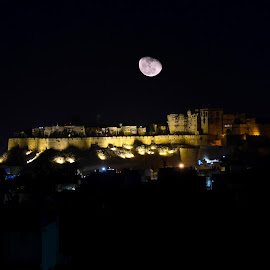 The Golden Fort | Jaisalmer | A Glimpse by Atin Saha - Landscapes Travel ( city, light, dusk, night, sunset, cityscape, illuminated, skyscraper, skyline, evening, twilight, tower )