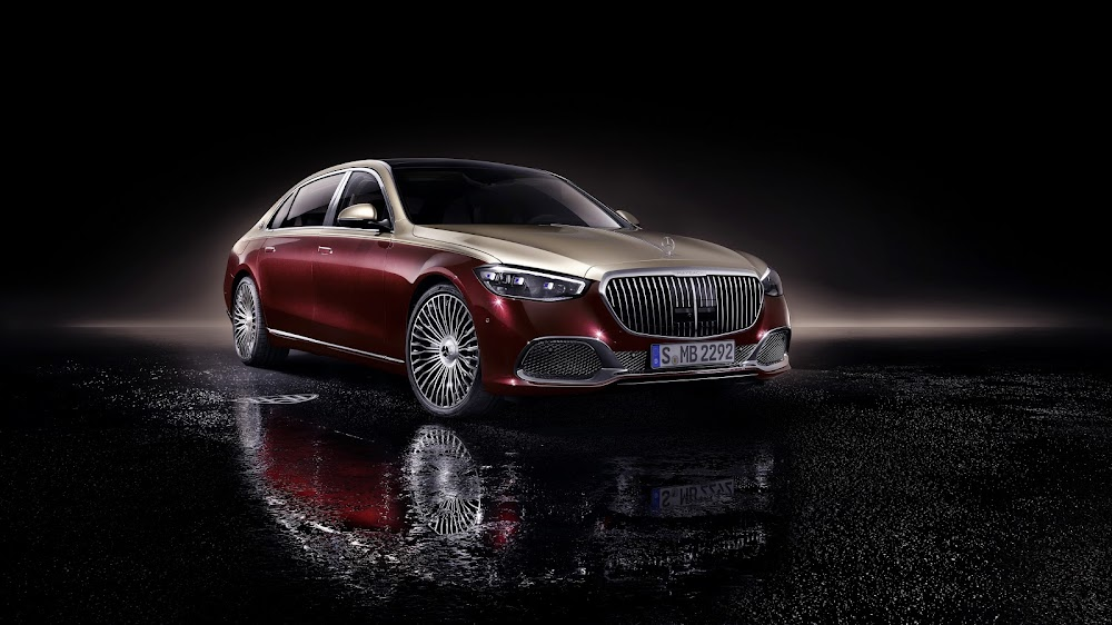 New Maybach S-Class makes world debut