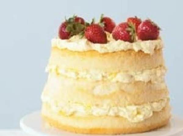 Easy Banana Split Cake Recipe