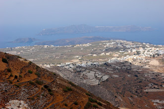 Photo: Fira & Oia in the distance