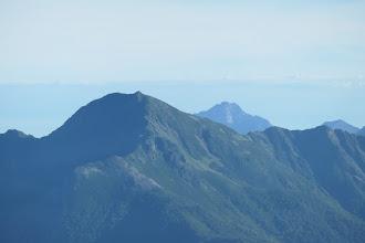 塩見岳アップ(右に甲斐駒ケ岳)