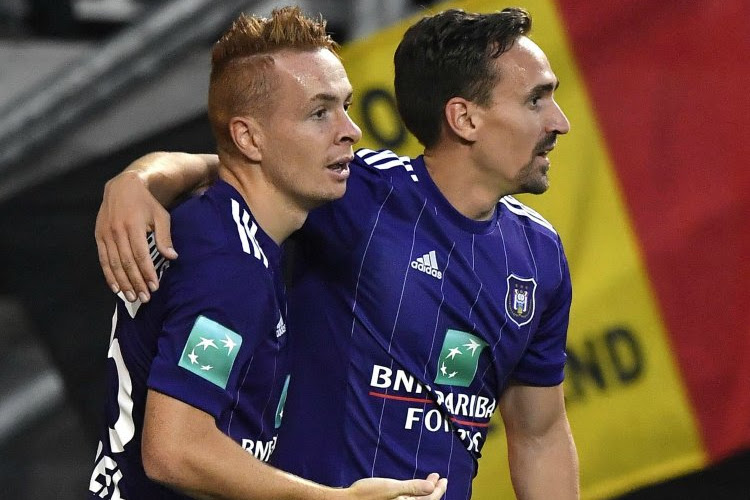 """Michael Verschueren geeft meer duiding bij de grote kuis van Anderlecht en de situatie van Trebel én spreekt over inkomende transfer: """"Hij staat op de lijst, ja"""""""