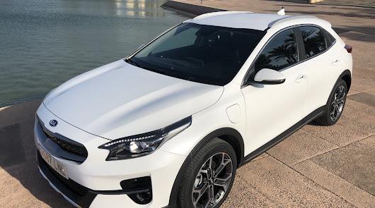 Al volante del nuevo XCeed PHEV de Kia Automóviles Robe