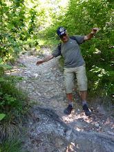 Photo: Christian joue l'équilibriste.