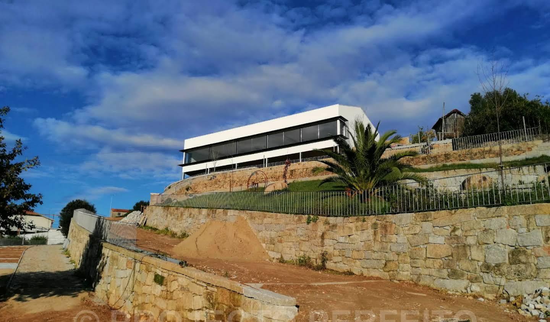 Villa Avintes