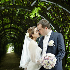 Wedding photographer Viktor Katikov (photococtail). Photo of 10.10.2014
