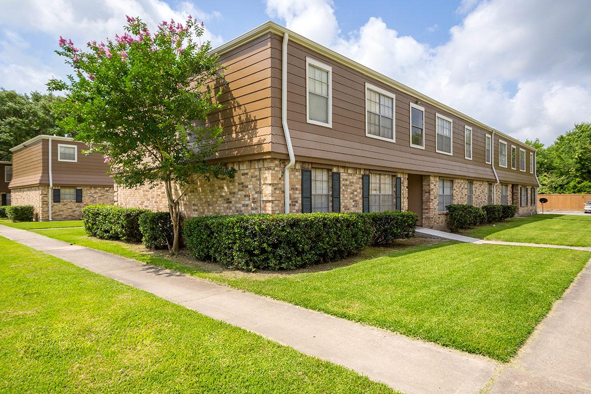 terrace vine apartments orange texas. Black Bedroom Furniture Sets. Home Design Ideas