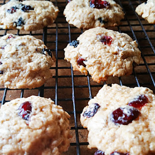 Berry Oatmeal Cookies