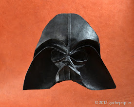 Photo: Meanwhile, on the other side of the Force... - carré d'unryu sur peau d'éléphant, 30cm