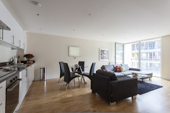Lanterns Court, Canary Wharf Serviced Apartments