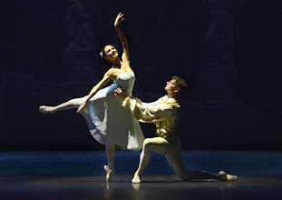 Photo: DER NUSSKNACKER - Ballettpremiere an der Wiener Staatsoper. Premiere 7.10. 2012, Choreographie: Rudolf Nurejew. Liudmila Konovalova, Vladimir Shisnov. Foto Barbara Zeininger