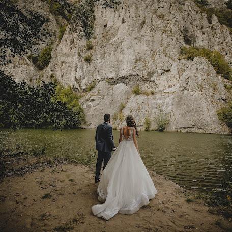 Fotógrafo de bodas Hadzi dušan Milošević (oooubree). Foto del 13.12.2017