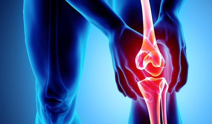 Bệnh nhân thoái hóa khớp thường bị đau và khó khăn khi di chuyển