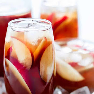 Homemade White Peach Iced Tea Recipe