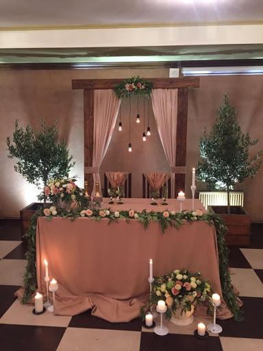 Банкетный зал «Банкетные залы на 60 и 30 человек » для свадьбы на природе 2