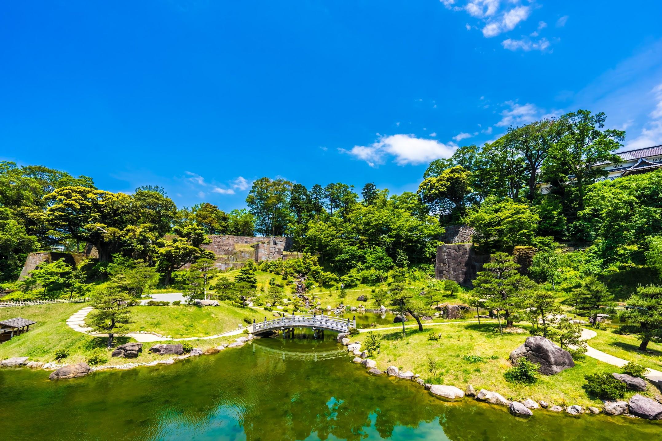 Kanazawa Castle Park Gyokusen'inmaru Garden2