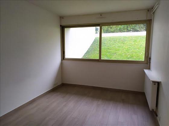 Location studio 18,86 m2