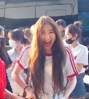 chaeyaon5