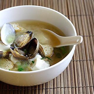 Asari Miso Soup Recipe (Miso Soup with Clams).