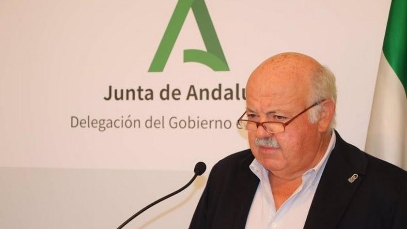 La Junta de Andalucía ya espera la llegada de la cuarta ola.