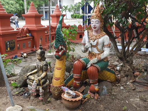 Wat Sala Loy