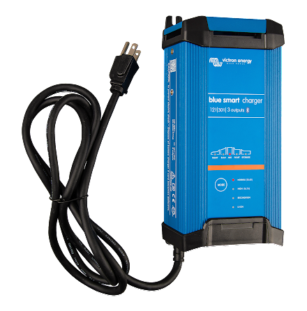 Victron Blue Smart IP22 Charger 12/30(3) 230V CEE 7/7