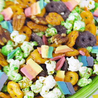 Rainbow St. Patrick's Day Snack Mix
