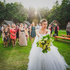 Wedding photographer Dávid Moór (moordavid). Photo of 07.12.2016