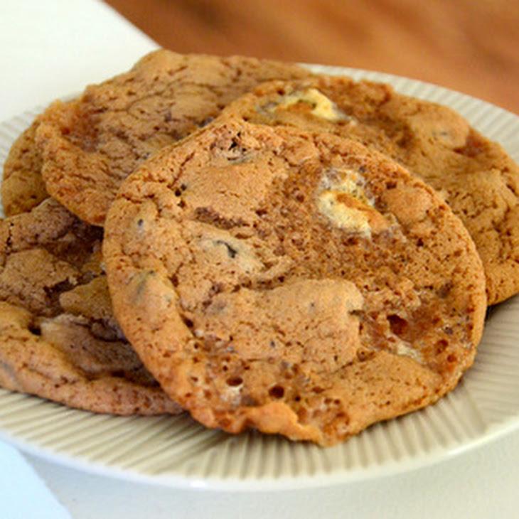 Hot Cocoa Cookies with Mini Marshmallows Recipe | Yummly