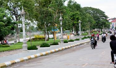 Photo: Year 2 Day 40 - Battambang River Front #2