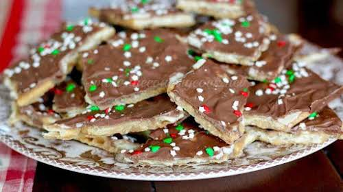 Christmas Crack (Cracker Toffee) Made from ingredients we're sure you have on...