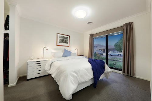 Photo of property at 32 Dahlia Crescent, Keysborough 3173