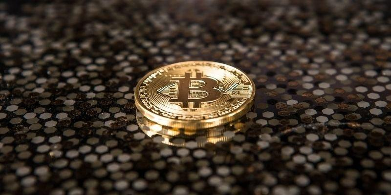 A Dubai government entity is now accepting Bitcoin as a means of payment –  Emirates Woman