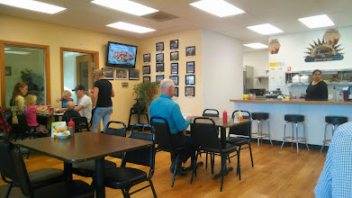 Photo: Stopping for lunch at a small diner in Umatilla