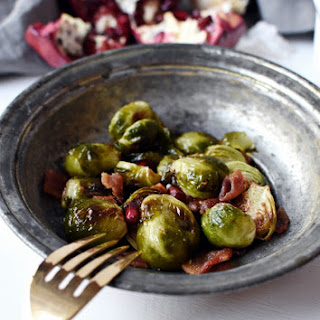 Thanksgiving Roasted Brussels Sprouts with Bacon