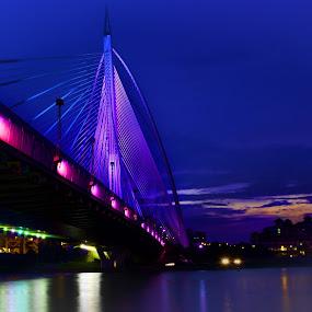 by Hendrik Cuaca - Buildings & Architecture Bridges & Suspended Structures