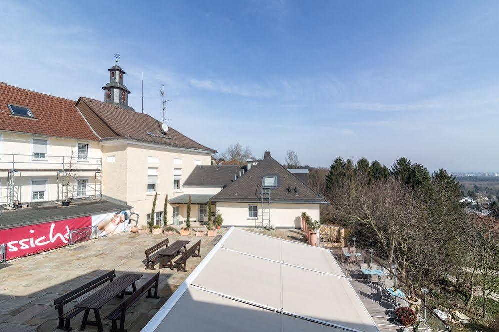 Rezerwuj Hotel Restaurant Cafe Schone Aussicht Frankfurt Im Sperber